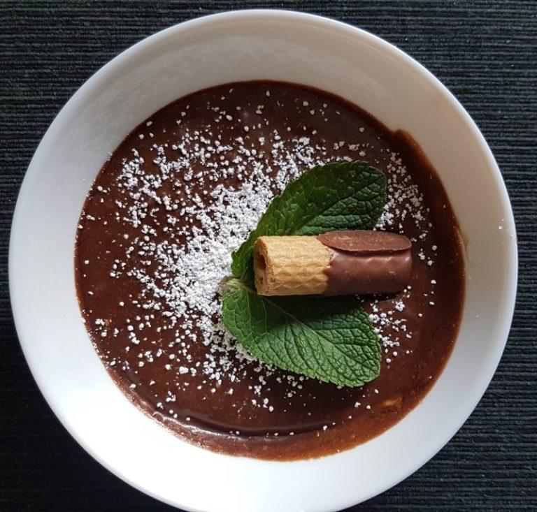 Mousse au Chocolat mit Rum